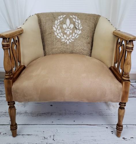 Burlap Fleur De Lis Accent Chair